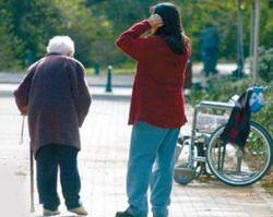 Болезнь Альцгеймера раньше возникает у злоупотребляющих алкоголем и курением