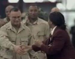 Как надо встречать солдат с войны? (видео)