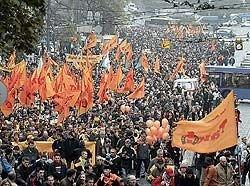 На постсоветском пространстве грядет вторая волна цветных революций