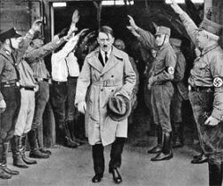 Без своих сексуальных проблем Адольф  Гитлер не стал бы фюрером