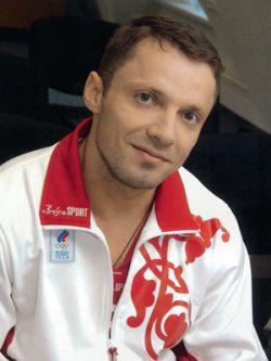 Олег Перепеченов завоевал золото чемпионата Европы по тяжелой атлетике