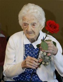 Самая старая в мире женщина отметила свое 115-летие (фото)