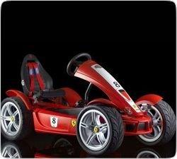 """Ferrari \""""kids\"""" - первый спорткар для детей"""