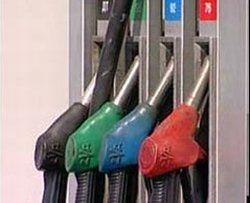 В США бензин стоит 21,5 рубля, в Хабаровске - 27. Почему?