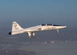 В США разбился тренировочный истребитель, оба пилота погибли