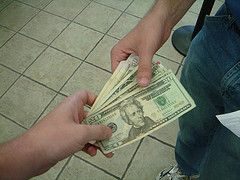 Как быстро вернуть долг и что для этого делать не стоит