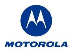 Спрос на телефоны Motorola упал почти в два раза