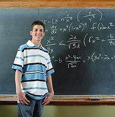 Ученые доказали, что конкретные примеры препятствуют правильному усвоению математики