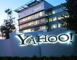 Компания Yahoo намерена стать крупнейшей социальной сетью