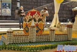 Для карты Украины понадобилось 17 тысяч яиц (фото)