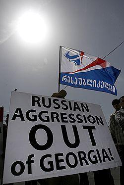 НАТО сомневается в объективности посреднической миссии России