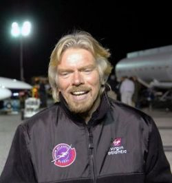 Миллиардер Ричард Брэнсон проведет бракосочетание в космосе