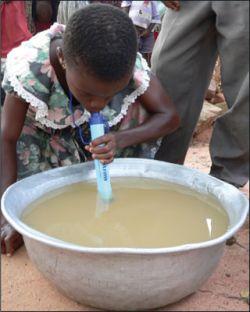 Lifestraw – интересный девайс для очистки воды (фото)
