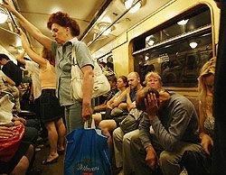 Как сохранить свое здоровье и имущество в метро?