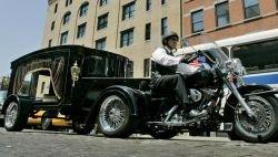 Похоронный катафалк от Harley Davidson