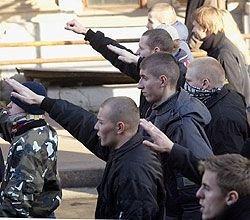 По мнению правозащитников, в России подрастает неонацистское подполье