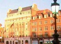 Принадлежащий солисту U2 отель в Дублине будет похож на НЛО