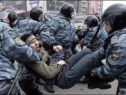 Молодые россияне не верят в демократию?