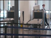 В аэропортах США будут брать деньги за досмотр багажа
