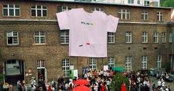 В Австрии сшили самую большую футболку в мире