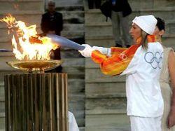 Эстафета Олимпийского огня-2014 пройдет только по территории России