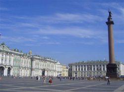 Дворцовую площадь предлагают застроить мавзолеями олигархов