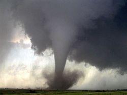 В результате торнадо в штате Арканзас погибли семь человек