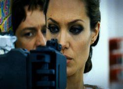 "Студия Universal начала работу над сиквелом \""Wanted\"" Тимура Бекмамбетова"