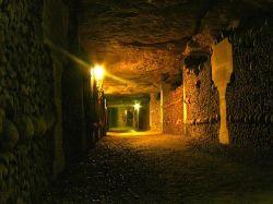 Парижские катакомбы открылись после реставрации