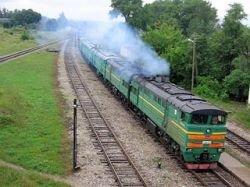 На Урале поезд сошел с рельсов и спалил все вокруг