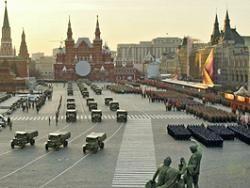 На восстановление московского асфальта после парада Победы уйдет более 1 млрд рублей