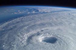 Ученые нашли новый способ борьбы с ураганами
