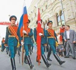 Нужен ли парад на Красной площади?