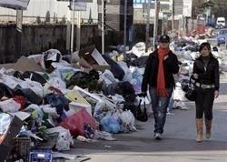 """Еврокомиссия привлечет власти Италии к суду из-за \""""мусорного кризиса\"""""""