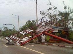 Пострадавшим от стихии районам Мьянмы угрожают эпидемии