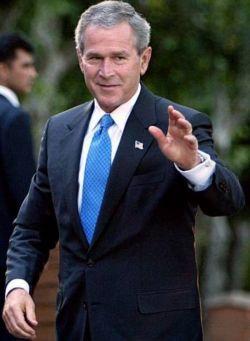 """Freedom House \""""лишила\"""" Джорджа Буша прав демократически нравоучительствовать"""