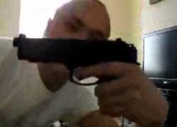 Мужчина на спор прострелил колено своей подруге (видео)