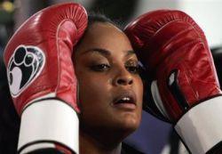 Ученые нашли причину женского соперничества