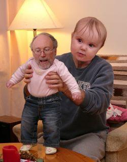 Мanbabies: Отцы и дети поменялись ролями? (фото)