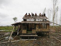 В одном из районов Мьянмы от урагана погибли 80 тысяч человек