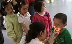 Число детей, заразившихся энтеровирусом, выросло в Китае до 20 тысяч