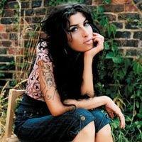 Певицу Эми Уайнхаус снова арестовали, на этот раз за наркотики