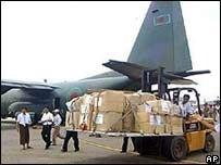 ООН обвиняет бирманскую хунту в захвате грузов