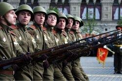 Парад в День Победы 9 мая на Красной площади (фото)