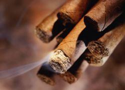 Самую длинную сигару в мире изготовили на Кубе