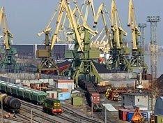Федеральная таможенная служба РФ обсуждает возможность отмены таможенного контроля в портах