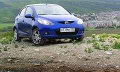 Маленькая Mazda2 - серьезная покупка