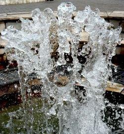 В Румынии появился фонтан за миллион евро