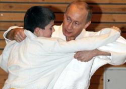 От российского правительства ждут борьбы. С дороговизной