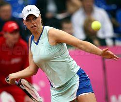 Вера Звонарева пробилась во второй круг турнира в Риме